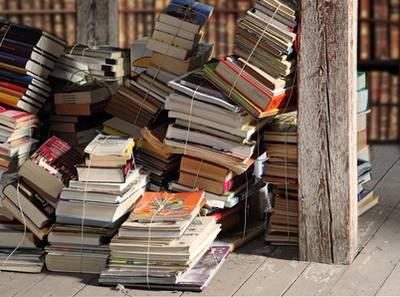 Wohin Mit Alten Büchern gebrauchte bücher was damit tun literaturtipps de